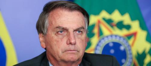 Bolsonaro, em reunião com presidente da Pfizer, pede antecipação de doses da vacina (Isac Nóbrega/PR)
