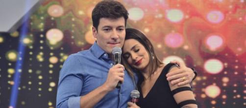 Rodrigo Faro se declara para a esposa (Reprodução/Record TV)