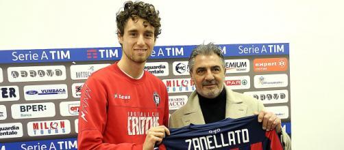 Nicolò Zanellato quando venne presentato al Crotone.