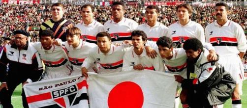 O São Paulo foi um dos grandes times dos anos 1990 (Reprodução/SPFC)