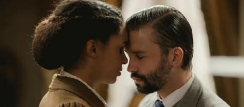 Una Vita: Marcia e Felipe si incontrano.