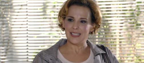 Eva é descartada em 'A Vida da Gente' (Reprodução/TV Globo)