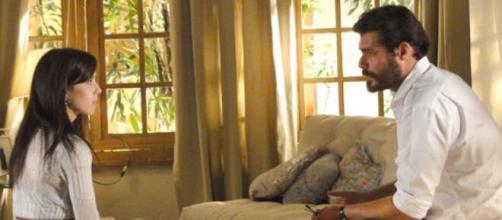 Manuela e Lúcio têm conversa séria em 'A Vida da Gente' (Reprodução/TV Globo)