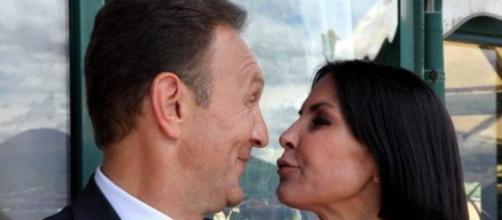 Un posto al sole: Roberto vuole che Marina resti a Napoli.