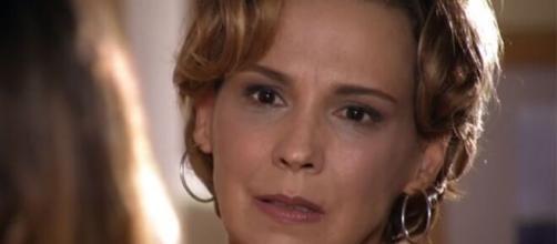 Eva expulsa filha em 'A Vida da Gente'. (Reprodução/TV Globo)