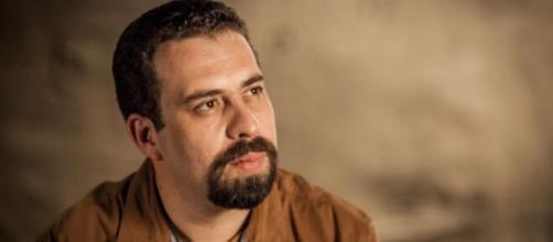 Guilherme Boulos (PSOL) milita há vinte anos na causa dos sem teto (Reprodução/PSOL)