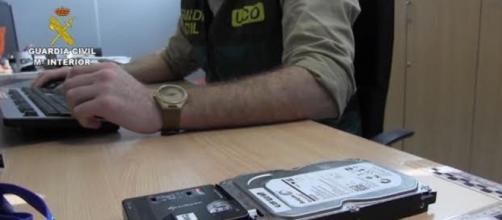 La Guardia Civil encontró en los ordenadores del ERT información sobre posibles víctimas de ataques (@GuardiaCivil)