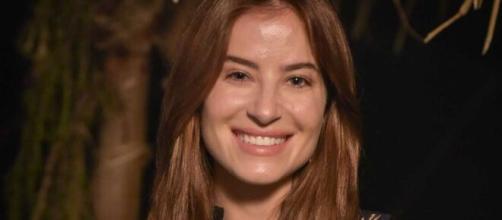 Rebeca descobre gravidez em 'Gênesis' (Reprodução/Record TV)