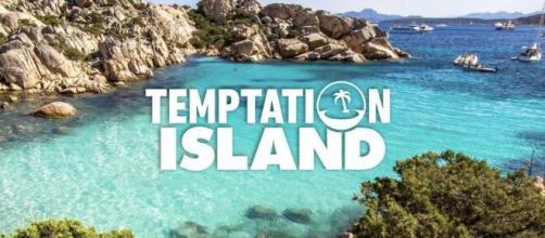 Jessica ha scritto a Temptation Island: 'Vorrei un po' di fuoco e meno noia'.