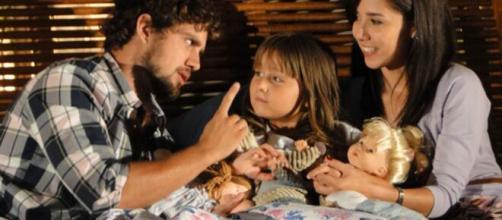 Rodrigo, Júlia e Ana em 'A Vida da Gente'. (Foto: Globo).