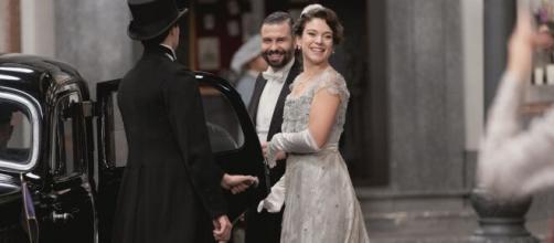 Una vita, anticipazioni spagnole: Marcia fa irruzione in chiesta alle nozze dell'avvocato.