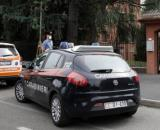 Arese, uccide la moglie e si barrica in bagno: arrestato 41enne.