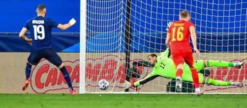 Cinq ans et demi après son dernier match avec l'équipe de France, Karim Benzema a rejoué (Credit : TF1 -capture)