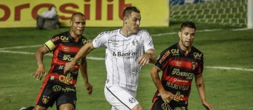 Grêmio perde para o Sport e sofre com críticas. (Arquivo Blasting News)