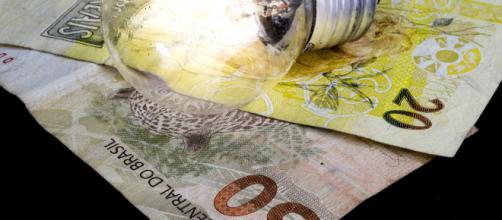 Inflação sobe em maio com gás de cozinha e energia mais cara e afeta o nome de mais brasileiros junto a Serasa (Arquivo Blasting News)