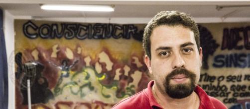Boulos comemorou 39 anos (Divulgação/MTST)