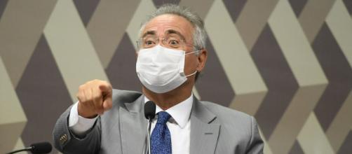 Renan Calheiros também acusa Bolsonaro de criar dilema entre cloroquina e vacinação (Jefferson Rudy/Agência Senado)