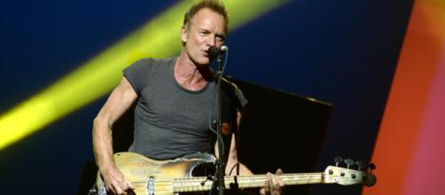 Sting torna in concerto in Italia nel 2022: tre date in programma per l'ex leader dei Police.