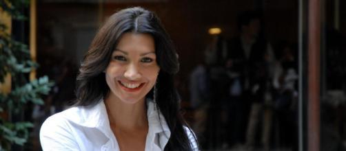 Luisa Corna, uscito il video del suo singolo.