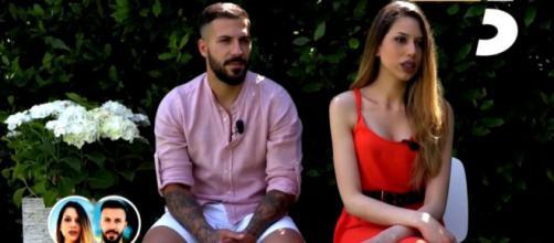 Temptation Island, Deianira Marzano riceve una segnalazione su Federico: 'Lui è single'.