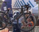 L'arrivo trionfale di Ben Hermans al Giro dell'Appennino.