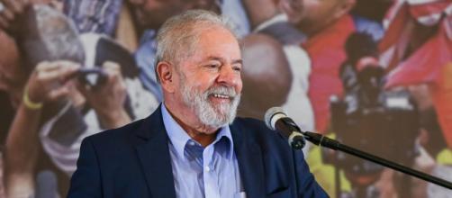 Lula está à frente de Bolsonaro nas intenções de voto (Ricardo Stuckert/Instituto Lula)