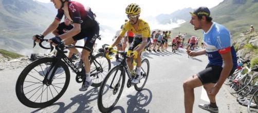 Tour de France, le previsioni dei bookmakers: guida Pogacar a quota 2.25, incognita Ineos.