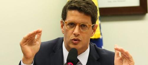 Cármen Lúcia manda Ricardo Salles entregar passaporte à PF (Arquivo Blasting News)