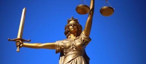 Referendum sulla giustizia voluto da Lega e Radicali: parte la raccolta firme.