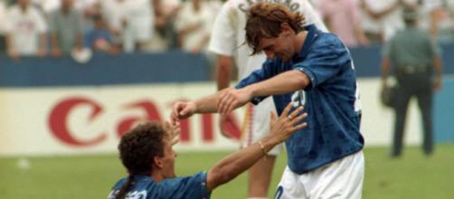 5 calciatori italiani che non hanno mai giocato gli Europei: da Rossi a Baggio.