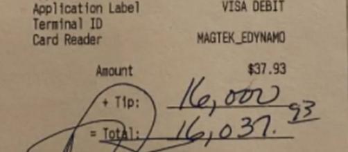 El camarero pensó que era un error de ortografía al ver la enorme cifra - (Telecinco)