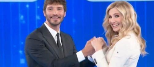 Stefano De Martino e Lorella Cuccarini potrebbero condurre un nuovo show domenicale di Canale 5.