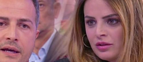 U&D, Riccardo mantiene il silenzio, Roberta replica alle accuse: 'Sono sempre stata trasparente'.