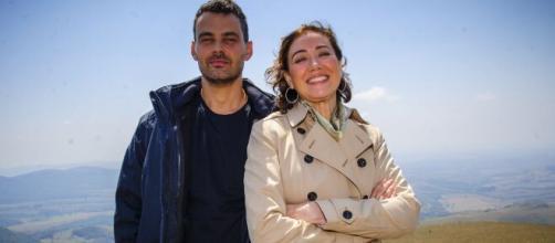 Maurílio e Marta engatam romance em 'Império'. (Divulgação/TV Globo)