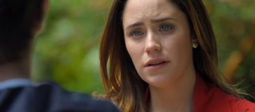 Ana fica magoada em 'A Vida da Gente' (Reprodução/TV Globo)