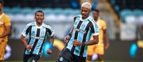Grêmio deve reforçar o elenco, mas não no momento (Lucas Uebel/Grêmio FBPA)