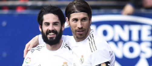 Isco e Sergio Ramos, giocatori del Real Madrid.