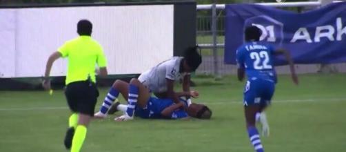 Une bagarre a éclaté en plein match de foot - Source : Capture Twitter @Buffy_cl