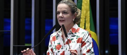 Deputada Gleisi Hoffmann critica vida política do presidente Bolsonaro (Marcos Oliveira/Agência Senado)
