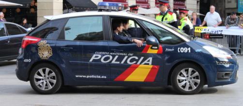 Imagen de un coche policial en un evento público. (Flickr.com)