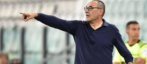 Sarri alla Lazio: attesa per la fumata bianca.