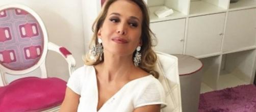 Barbara D'Urso: weekend d'amore a Forte Dei Marmi con Francesco Zangrillo.