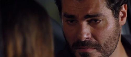 Lúcio desiste de Ana em 'A Vida da Gente' (Reprodução/TV Globo)