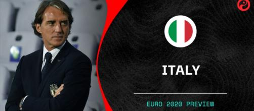 Mancini prepara la nazionale per l'Europeo.