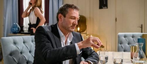 Tempesta d'Amore, anticipazioni 14-20 giugno: Christoph bacia Selina e Ariane si arrabbia.