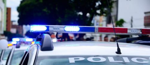 La policía detuvo a la mujer y logró salvar al bebé sin ningún daño aparente (Pixabay)