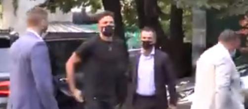 l'rrivée d'Olivier Giroud à Milan (Photo credit : video Twitter)