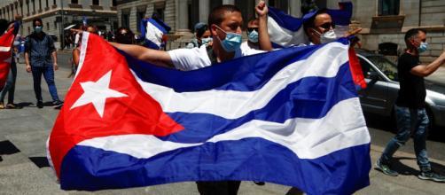 Joe Biden dichiara che 'Cuba è uno Stato fallito' mentre Diaz-Canel incolpa gli Usa.