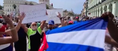 Criticar o regime de Cuba ainda é um tabu entre a esquerda, diz The Economist (Reprodução/Redes sociais)