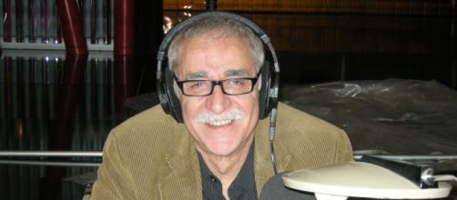 Juanjo Cardenal ha estado casi un cuarto de siglo poniendo la voz a 'Saber y Ganar' (Wikimedia Commons)